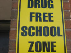 https://stopthedrugwar.org/files/drugfreeschoolzonesign1.jpg