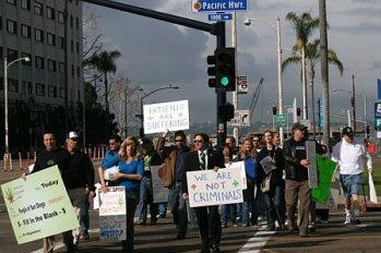 http://stopthedrugwar.com/files/greenrxprotest.jpg