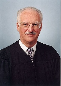 http://stopthedrugwar.org/files/judge-douglas-ginsburg.jpg