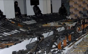 http://stopthedrugwar.com/files/reynosa-weapons-confiscation.jpg