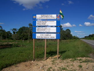 http://stopthedrugwar.org/files/sign-announcing-venezuela-plant.jpg