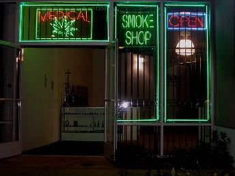 http://stopthedrugwar.com/files/ventura-dispensary.jpg